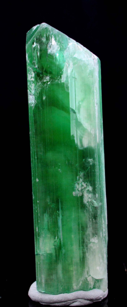 Kunzite Hiddenite Crystal , V Shape Terminated Lush Green Color from Afghanistan - 120 Gram - 93*24*20 mm
