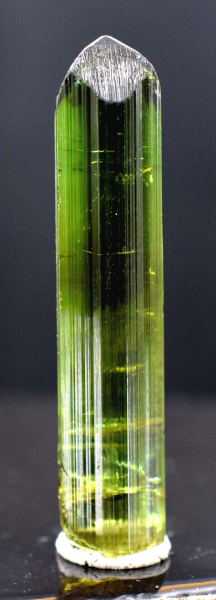 14.30 cts Terminated Green Tourmaline Crystal - 35*07*05 mm