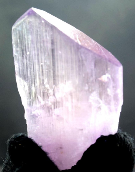 MP09-25 - 68 Gram Terminated & Undamage Natural Kunzite Crystal from Afghanistan - 58*40*20 mm