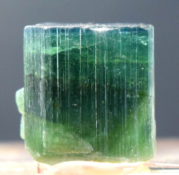 Tourmaline Crystal from Afghanistan - 58.30 carats - 20*18*17 mm