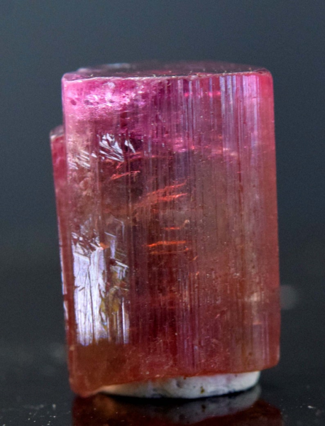 MP01-142 15.35 carats Terminated & Undamaged Natural Bi-Color Tourmaline Crystal from Afghanistan - 16*11*09 mm