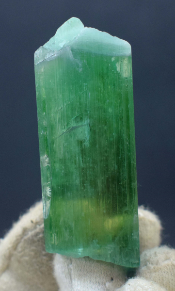 71 Gram Terminated & Undamaged Lush Green Kunzite Hiddenite Crystal - 70*24*18 mm