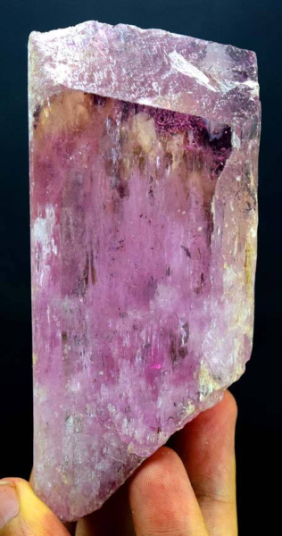 MP08-7 - 354 Gram Terminated Pink Color Kunzite Crystal from Afghanistan , 116*49*30 mm
