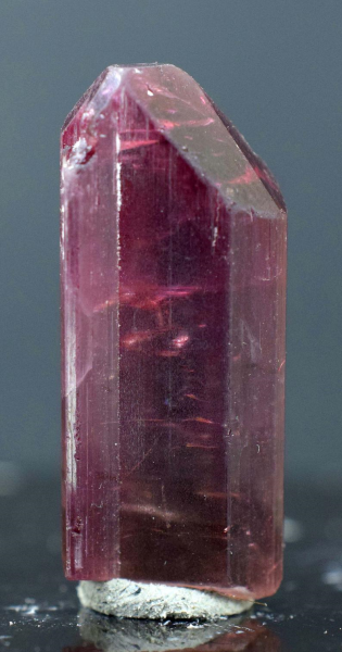 MP03-234 , 8 Gram Terminated Rubelite Tourmaline Crystal - 31*13*10 mm