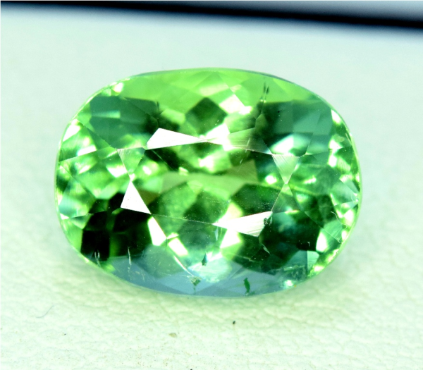 Tourmaline Gemstone , Natural Green Tourmaline from Afghanistan - 3.65 carats , 11*08*06 mm