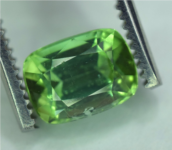 Green Tourmaline Gemstone , Natural Tourmaline from Jaba Mine Afghanistan - 2.60 carats , 07*04*03 mm
