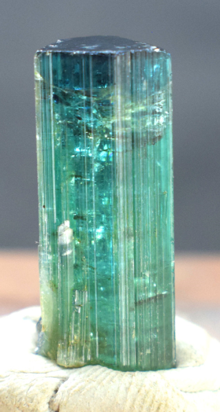 Tourmaline Crystal , Blue Cap Tourmaline Crystal - 24.55 cts , 25*10*09 mm