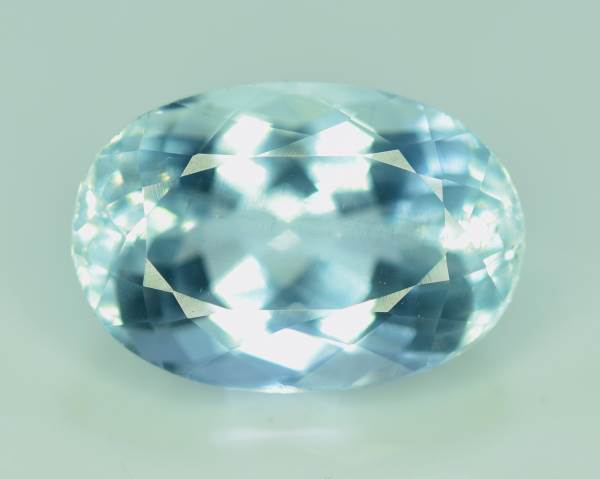 Aquamarine Gemstone , Natural Aquamarine - 6.0 cts , 14*09*07 mm