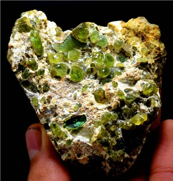 Peridot Specimen , Olivine Peridot Crystals on Matrix from Sapat Pakistan - 189 Gram , 82*86*27 mm