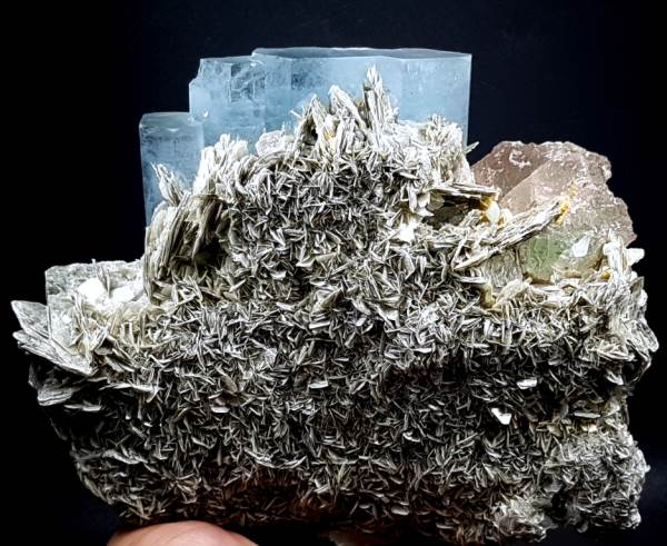 Aquamarine Crystals with Fluorite and Mica Specimen from Gilgit Pakistan - 1336 Gram , 135*127*72 mm