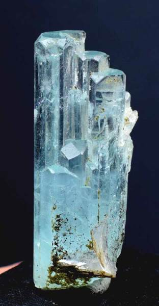 Aquamarine Crystal , Natural Aquamarine Beryl Terminated Damage Free Crystal from Shigar Valley Pakistan - 21 Gram , 45*17*15 mm