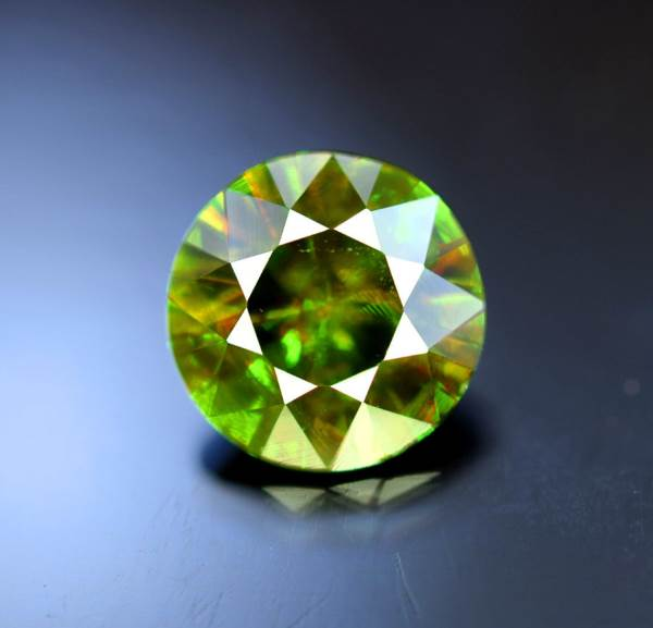 Natural Chrome Sphene Gemstone -  2.20 cts , 8*8*5 mm