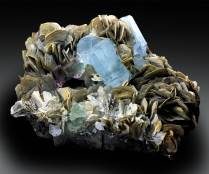 Aquamarine Crystals with Bicolor FLuorite and Mica Mineral Specimen from Gilgit Pakistan - 5104 g , 226*195 mm