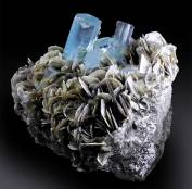 Aquamarine Crystals Cluster with Muscovite Mica Specimen - 4457 g , 205*145 mm