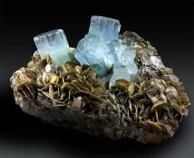 Aquamarine Crystals Cluster with Muscovite Mica Specimen - 5090 g , 282*165 mm
