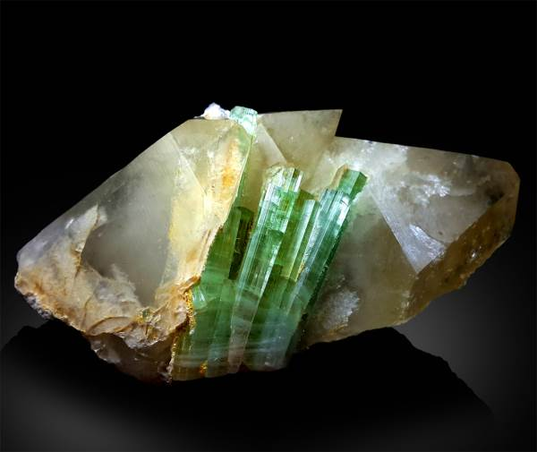 Green Tourmaline Crystals on Quartz Mineral Specimen from Afghanistan - 286 g , 102*58*41 mm