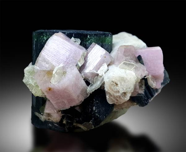Collection minerals 9 grams Fluorapatite Afghanistan